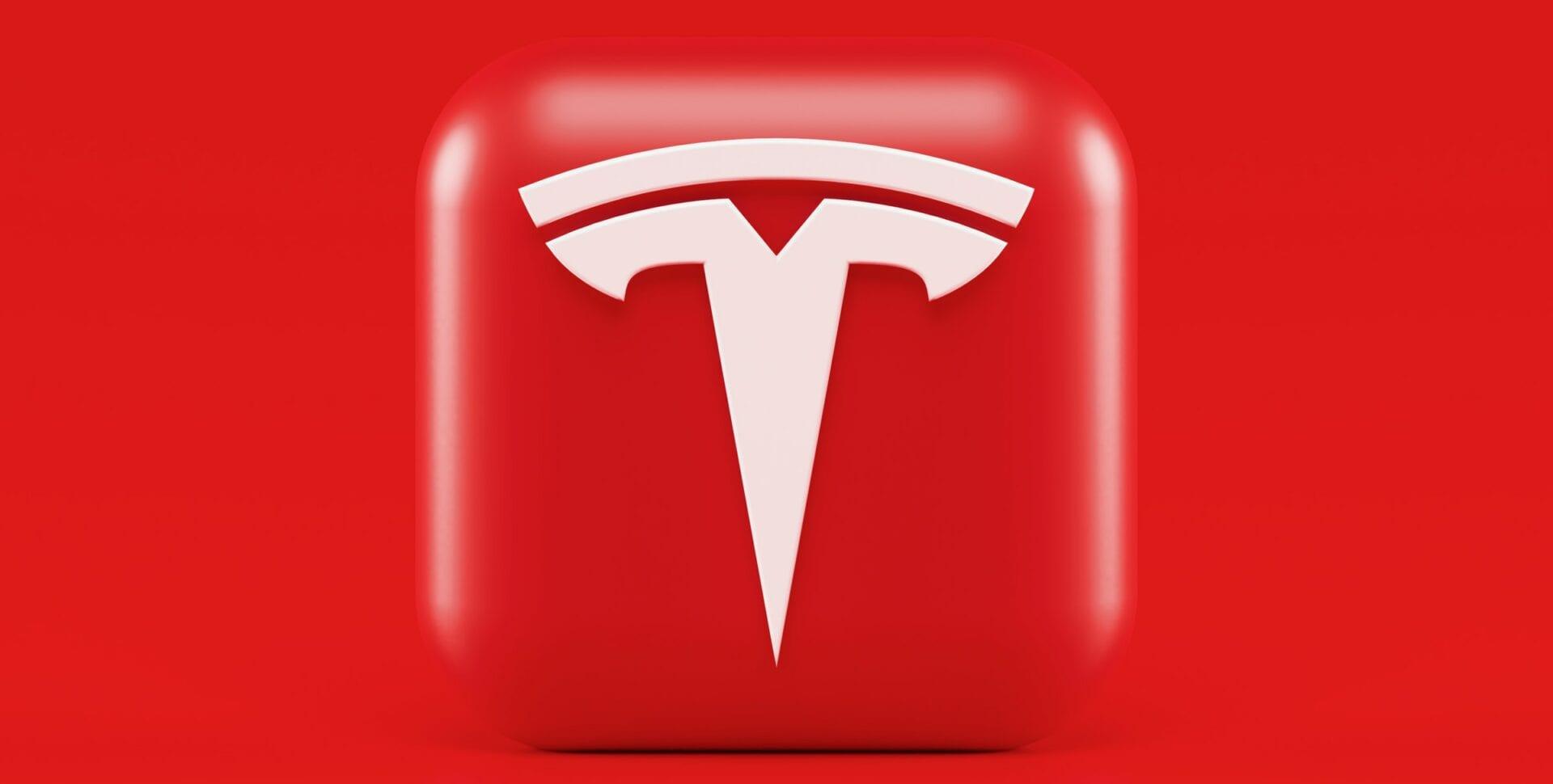 Tesla LG