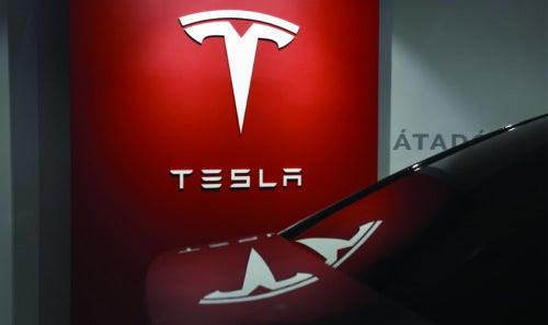 Tesla cobros duplicados