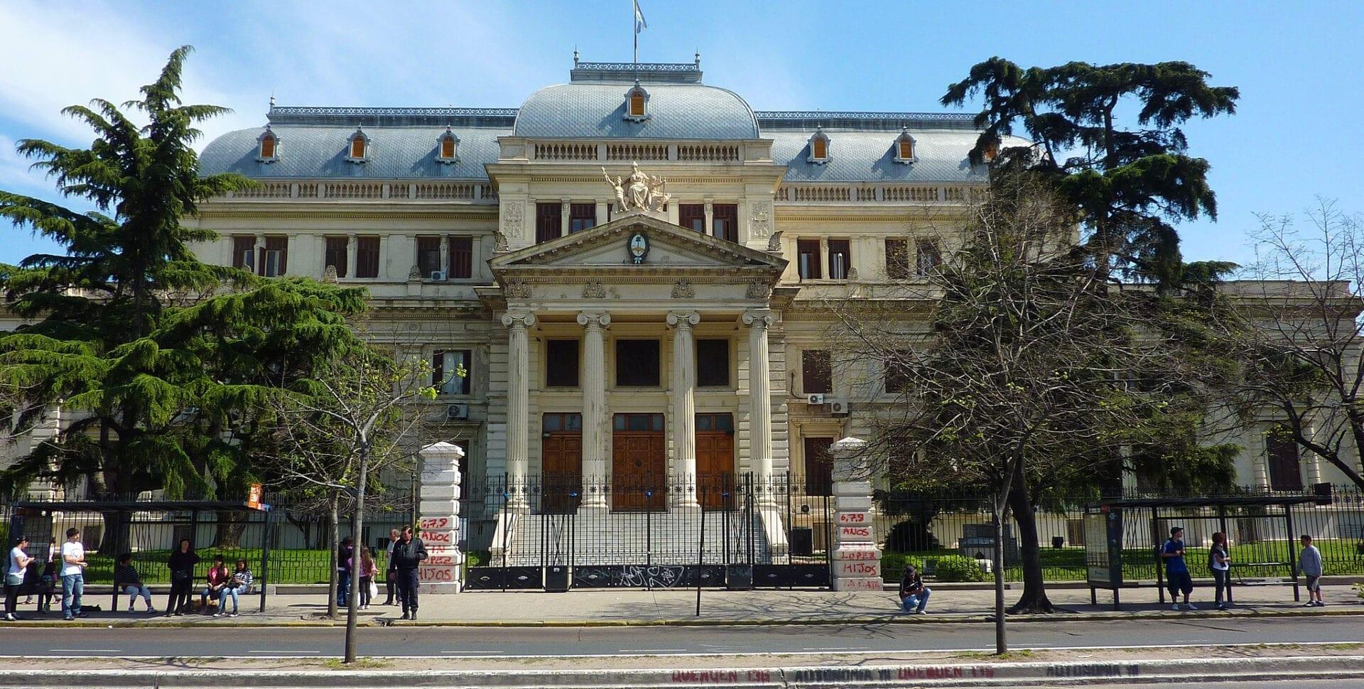 palacio legislativo provincia buenos aires