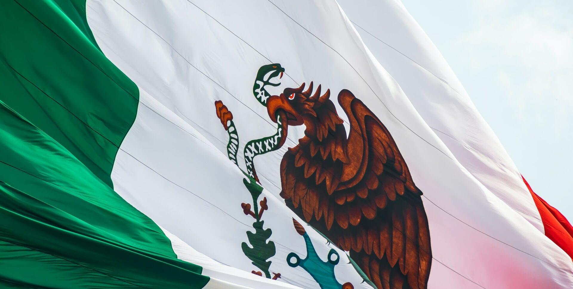 banco azteca bitcoin